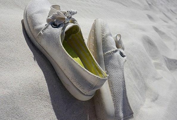 Canvas Shoe Snowy Shoe White Sand Shingle
