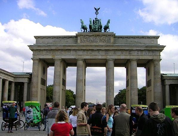 Brandenburg Gate Monuments Places Landmark Milesto